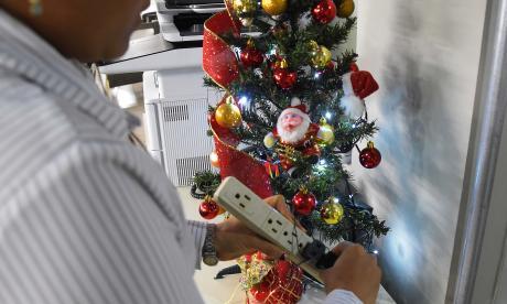 Evite los riesgos eléctricos en esta época de Navidad
