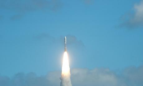 Imagen de la nave espacial New Horizons de la NASA, después de su despegue.