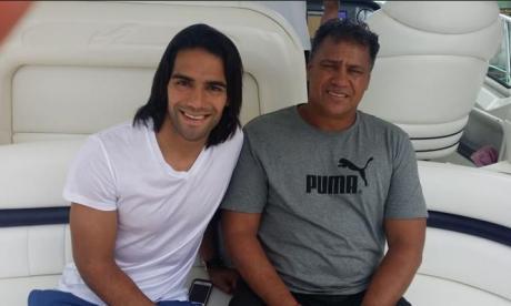 El tigre Falcao junto a su padre Radamel García.
