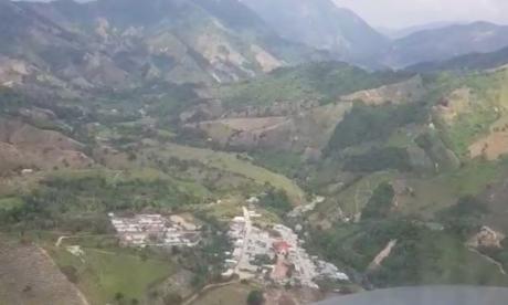 En video   Autoridades siguen sin pistas de tripulación secuestrada en Hacarí