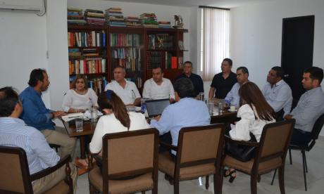 Autoridades buscan solución a manejo de recursos para la salud en Córdoba