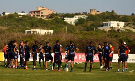 El plantel rojiblanco realizó esta tarde el último entrenamiento previo al juego en la sede deportiva Adelita de Char.