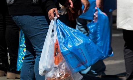 En Chile no se pueden usar bolsas plásticas