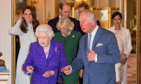 Familia real británica advierte a troles en redes sociales