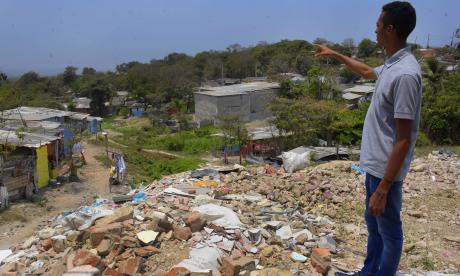 El arroyo de la calle 68 traza la frontera entre Cuchilla de Villate y Villa Caracas, una zona de invasión habitada por venezolanos.