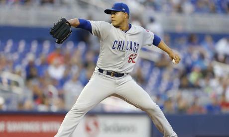 El lanzador arjonero José Quintana en la lomita de los Cachorros de Chicago.