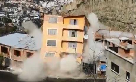 Deslizamiento deja a 338 personas sin vivienda