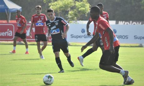 Germán Mera en el amistoso de ayer ante la sub-20.