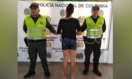 La mujer capturada por la riña con su pareja.