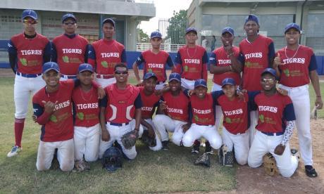 Tigres de Repelón, invictos en la Copa Recordar de béisbol