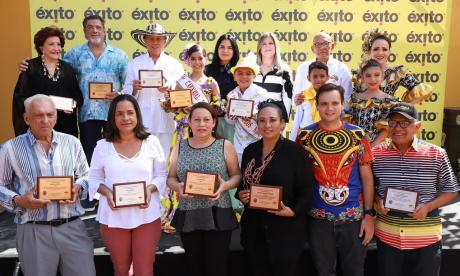 Hacedores del Carnaval de Barranquilla fueron homenajeados en el evento.
