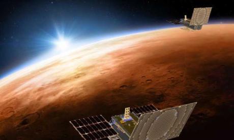 Dos viejos satélites se cruzan sin chocar al pasar por encima de EEUU