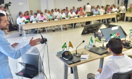 El viceministro del Interior, Daniel Palacios, en la cumbre de alcaldes del Cesar este miércoles en Valledupar.