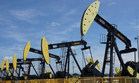 El petroleo sigue su descenso hacia el abismo