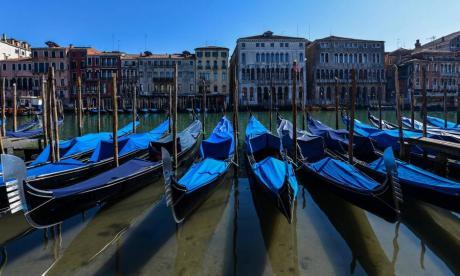 Aguas de Venecia son más claras por medidas de confinamiento