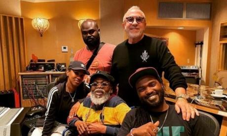 El reggae de 'The Wailers' y Bob Marley renace gracias a la música latina