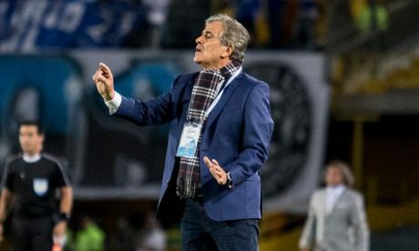 Jorge Luis Pinto, la esperanza de EAU para llegar a Catar 2022