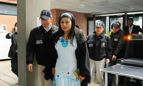 Prorrogan por un año orden de captura contra Oneida Pinto