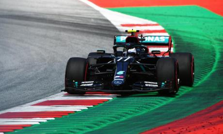 Bottas sorprende a Hamilton en otra gran demostración de Mercedes en la F1