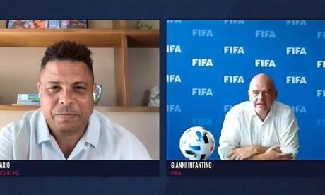 """""""Los jugadores son el corazón del fútbol y el público su alma"""": Infantino"""