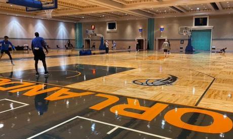 Equipos de la NBA comienzan los entrenamientos en 'burbuja' de Orlando