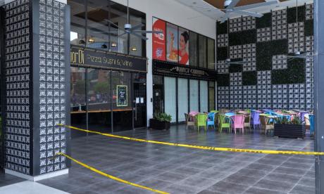 Restaurantes en un centro comercial en el norte de Barranquilla.