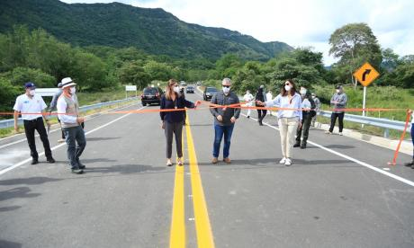 Gobierno inaugura la autopista Giradot-Honda-Puerto Salgar