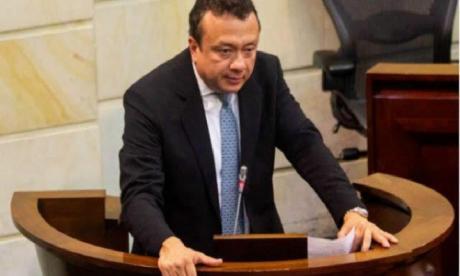 Corte Suprema asume denuncia contra el senador Pulgar