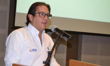 Ministro de Agricultura, Rodolfo Zea.