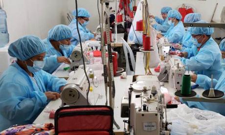 Tapabocas que fabrican excombatientes ya tienen permiso Invima