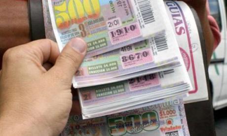 Cayó lotería con el número de preso de expresidente Uribe