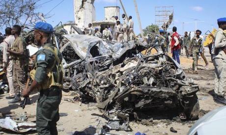 22 muertos, 5 de ellos terroristas, tras ataque Al Shabab a hotel Mogadiscio