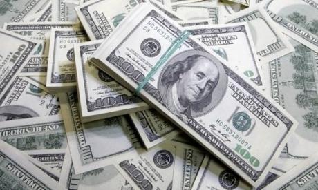 El dólar cierra la semana en $3.829
