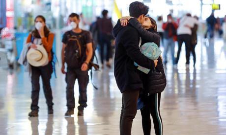 Que el coronavirus no venza al amor: permisos de viaje a parejas binacionales