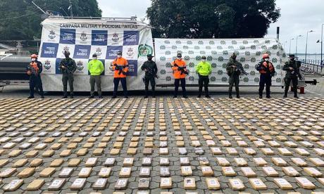 Incautan en el Pacífico una tonelada de cocaína con destino a México