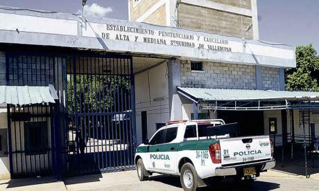 En huelga de hambre 56 reclusos de La Tramacúa