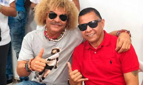 Carlos Valderrama e Iván Valenciano, dos de los demandantes.