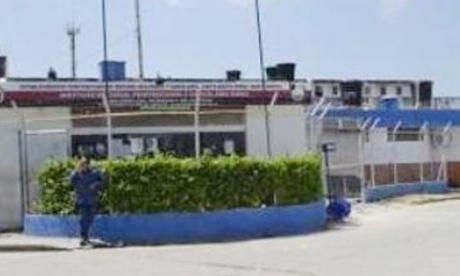Tutela ordena pruebas de Covid-19 a policías bachilleres en cárcel samaria