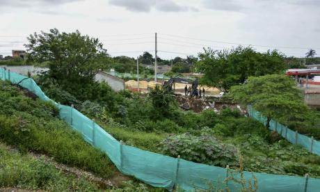 Aspecto del muro que fue demolido en el sector.