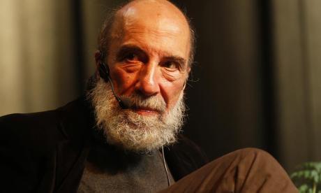 Raúl Zurita, poeta chileno.