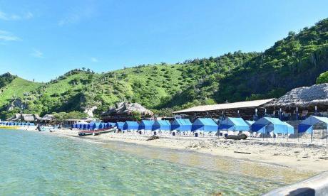 Carpas y 5 restaurantes listos para reapertura en Playa Blanca