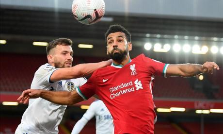 El Liverpool se salva a última hora de la bendita locura de Bielsa