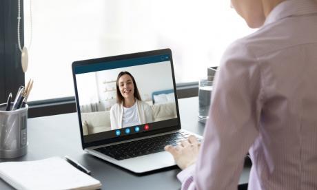 Lo que debe tener en cuenta en una entrevista virtual