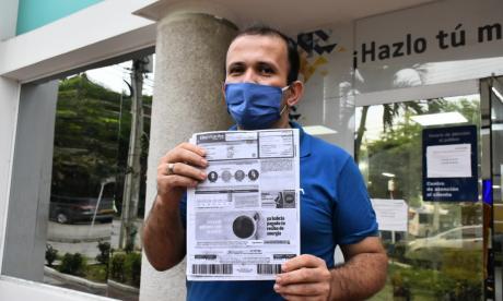 Luis Sarmiento, el último usuario en reclamar a Electricaribe en Barranquilla