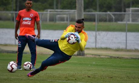 Álvaro Montero o Camilo Vargas... esa es la cuestión