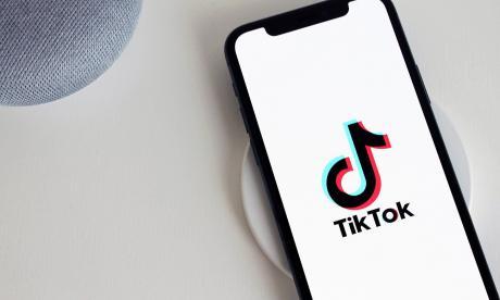 'Tatequieto' de las SIC a Tiktok en Colombia
