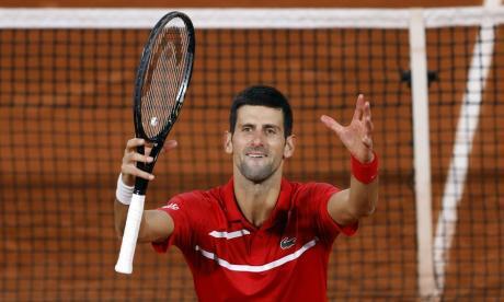 Djokovic venció a Tsitispas y jugará contra Nadal la final del Roland Garros