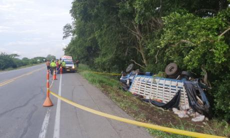 Cuatro muertos tras accidente de camión en la vía Ciénaga - Barranquilla