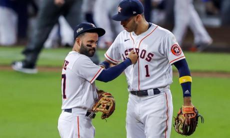 Altuve y Springer inyectan vida a los Astros, que vencen a los Rays