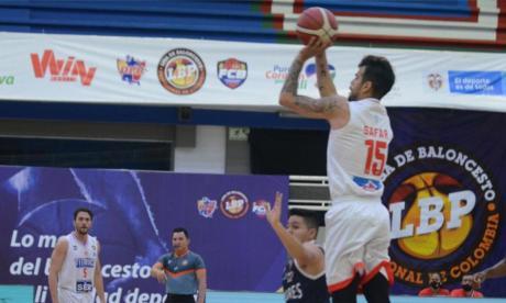 Titanes apabulló a Cóndores en el debut de la Liga de Baloncesto Profesional